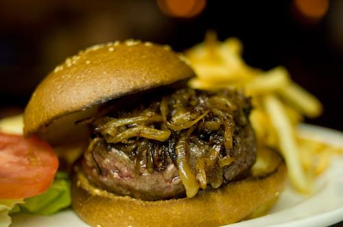 2009-03-16-Minetta-burger