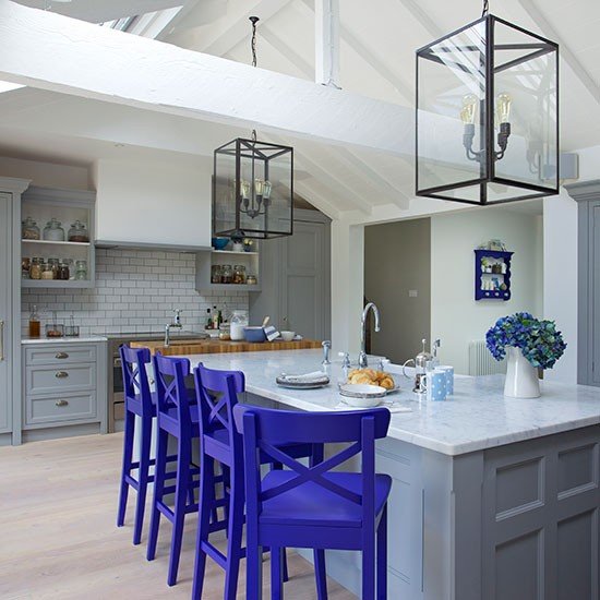 Grey-and-blue-Shaker-style-kitchen