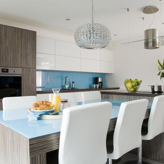 Modern-blue-kitchen