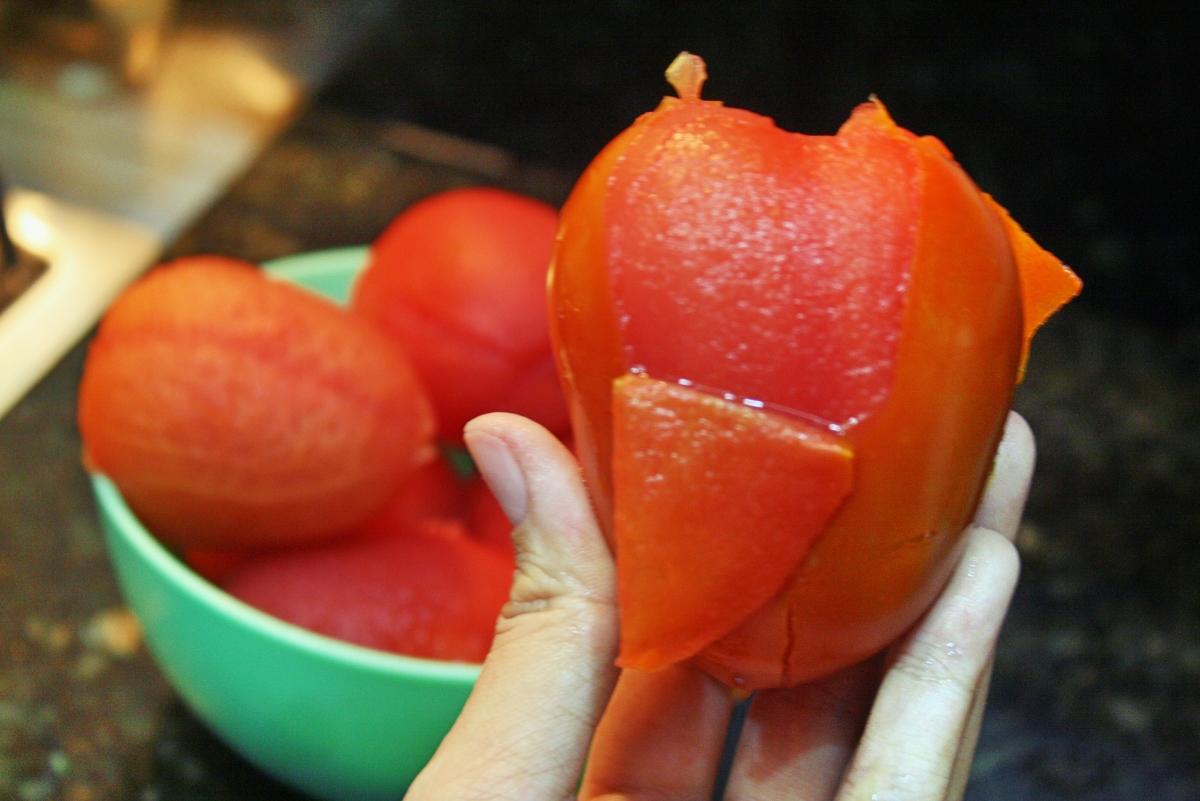 Como Tirar a Pele do Tomate + Molho de Tomate Caseiro