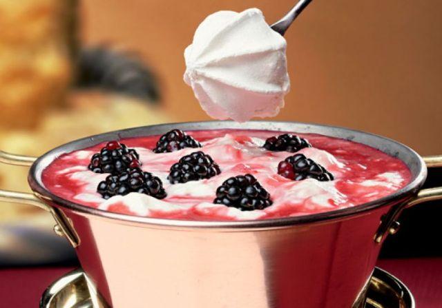 m de mulher receita-fondue-frutas-vermelhas