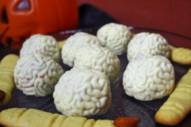 4-bolo de cerebro de zumbi 9
